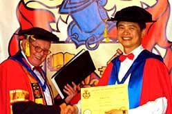 graduation012.jpg