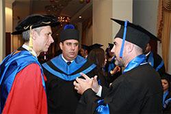 Profesores de Títulos superiores para adultos